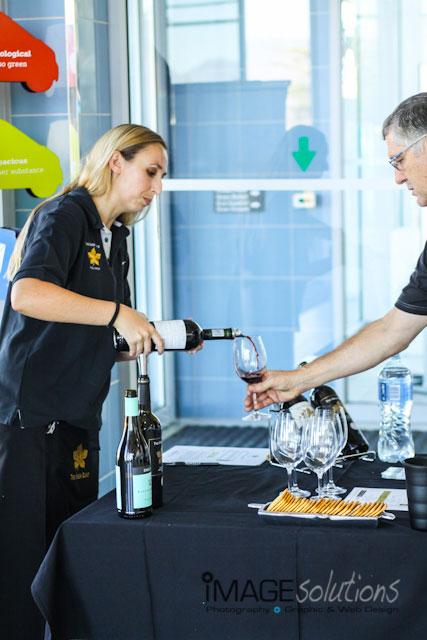 wine_tasting_the_high_road_01-function-photographer
